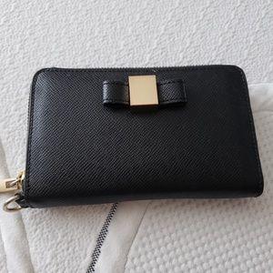 Black Ivanka Trump wallet